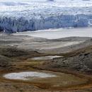 Smeltende gletsjer COLOURBOX2108464